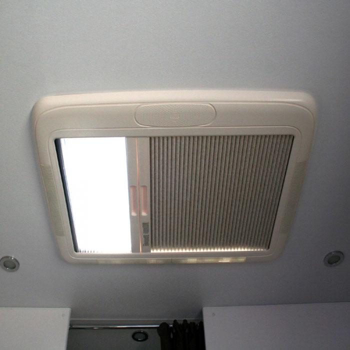 Caravansplus Seitz Hatch Skylight Mini Hekiplus