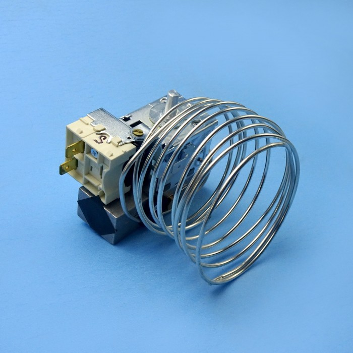 2931336016: Thermostat Dual - Suit Dometic RM2330 / RM2350 / RM2453 / RM2553 Fridges